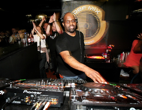 frankie knuckles chicago house music