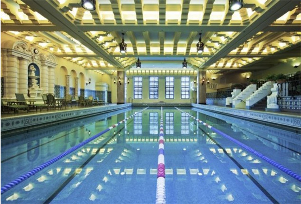 best-chicago-hotel-pools