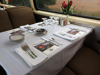 pullman-train-car-deco